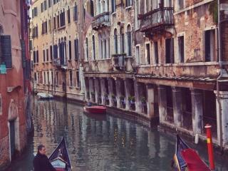Trips  Culori în Veneția