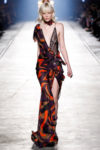 Fashion  Versace: Colecție primăvară-vară 2016