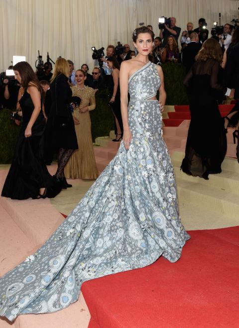 Fashion  Met Gala 2016: Cele mai frumoase rochii de pe covorul roșu
