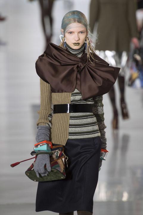 Fashion Uncategorized @ro  Noi tendințe toamnă-iarna 2016/2017: Obsesia fundelor