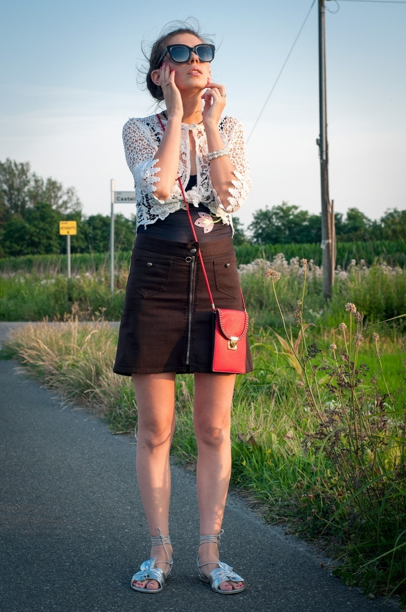 MY OUTFIT  The mini skirt, a 2017 summer trend. How you wear it...