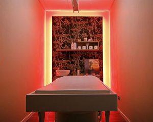 centro-estetico-Elianto_stanza-massaggi-colori (Medium)