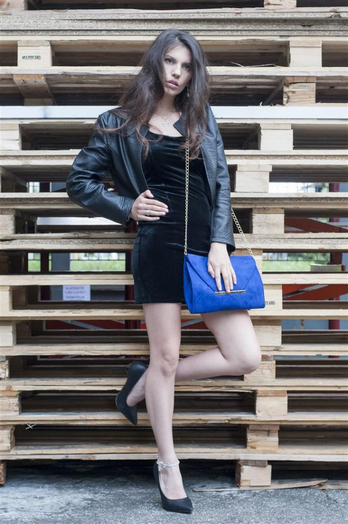 MY OUTFIT  Street Style: Black dress